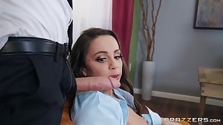 Maidservant Mac blows every inch of stranger's hard dick before fuck