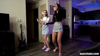 Slutty babes Eliza Ibarra and Anastasia Knight share cum in threesome