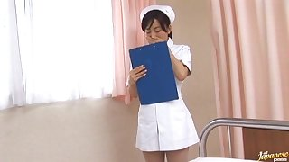 Kinky Japanese nurse Hina Hanami drops say no connected with panties connected with ride