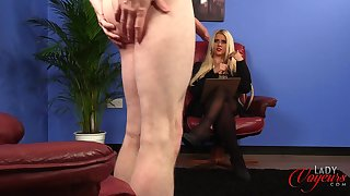 Blonde pornstar Romei Rose enjoys watching dudes masturbating