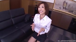 Asian amateur Akari Asahina drops on their way knees to give a BJ